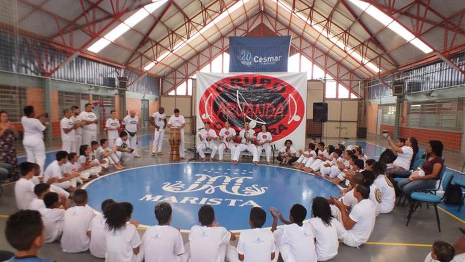 Crianças e jovens participaram do evento