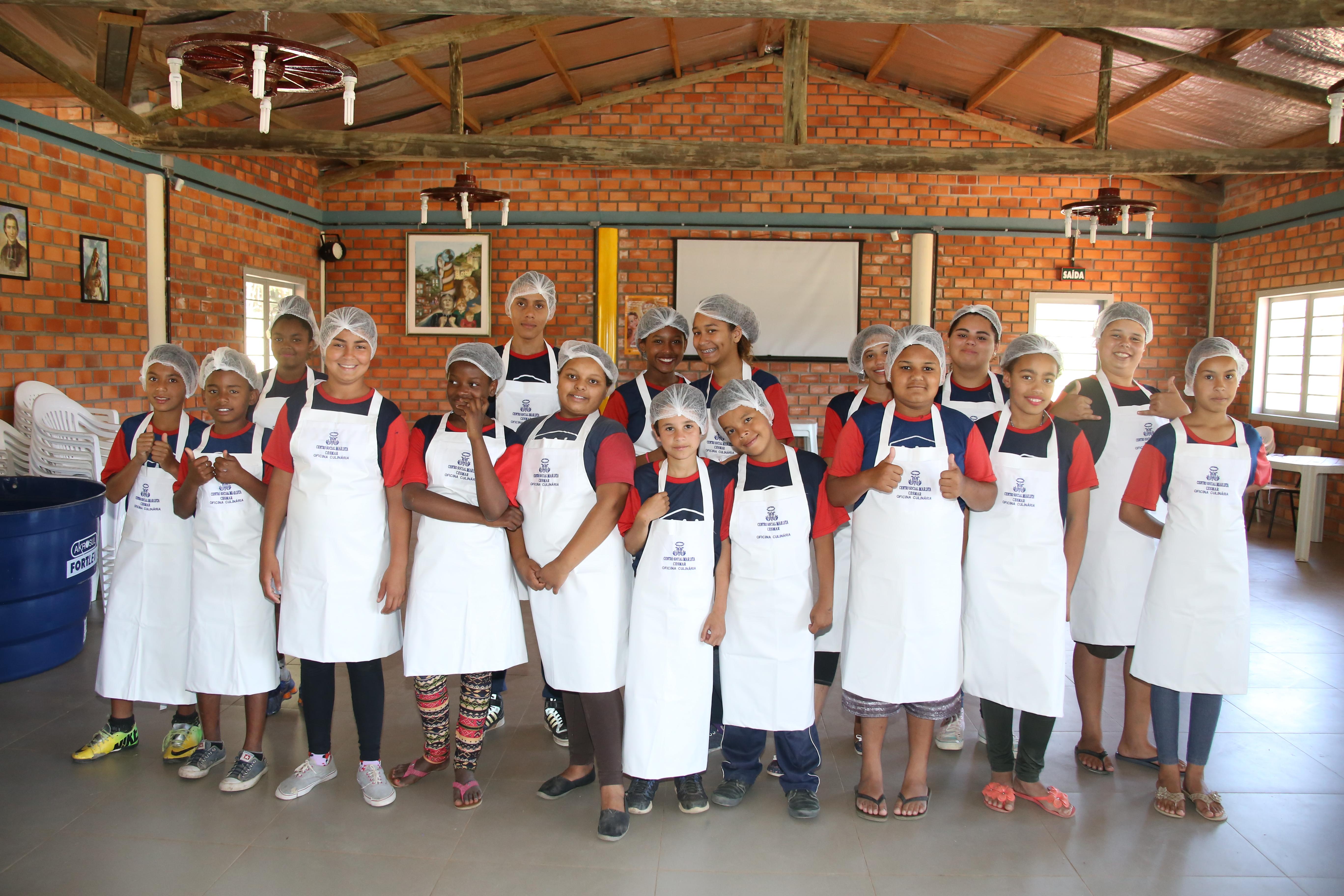Alimentação saudável para as crianças e adolescentes atendidos