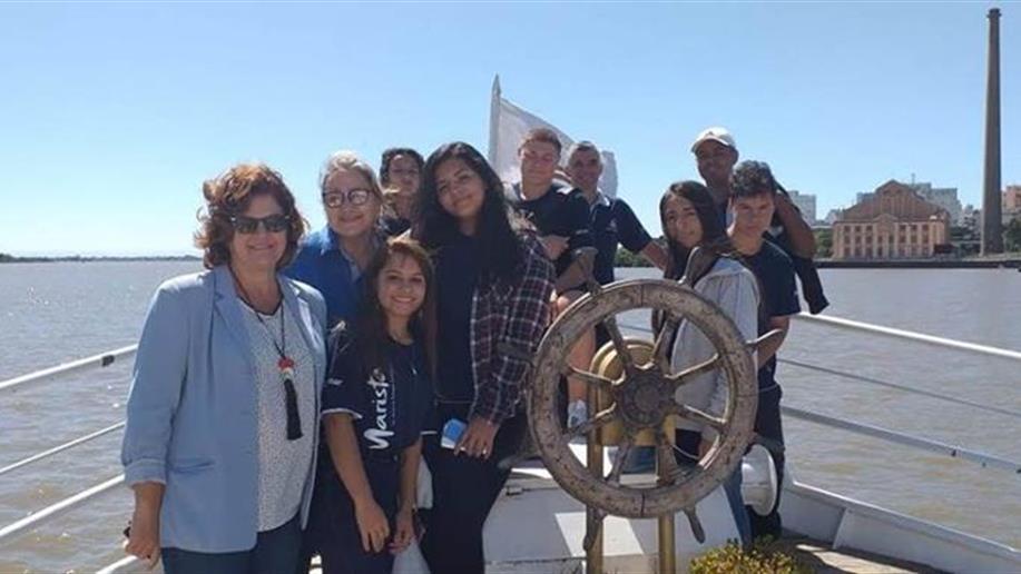 Ontem as turmas do nosso curso de Turismo Ecológico participaram de uma atividade comemorativa aos 247 anos da capital gaúcha.