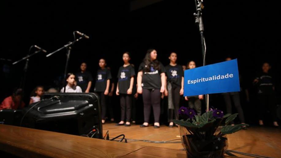 Grupo de Teatro, coral e banda da unidade se apresentaram no 20º Congresso de Educadores Sociais Maristas