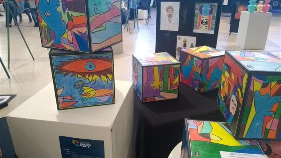 A Mostra contou com a exposição de 137 projetos de diversos colégios maristas