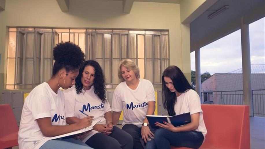 Colégio Marista Vettorello oferece bolsas de estudos para jovens e adultos.