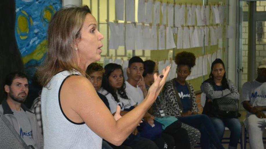Oficina de dicção e oratória proporciona melhorias na forma de se comunicar.