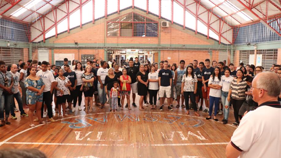 Homenagem às Famílias dos estudantes