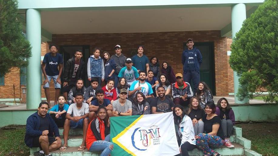 Atividade integrou participantes em temas como espiritualidade e desafios da juventude