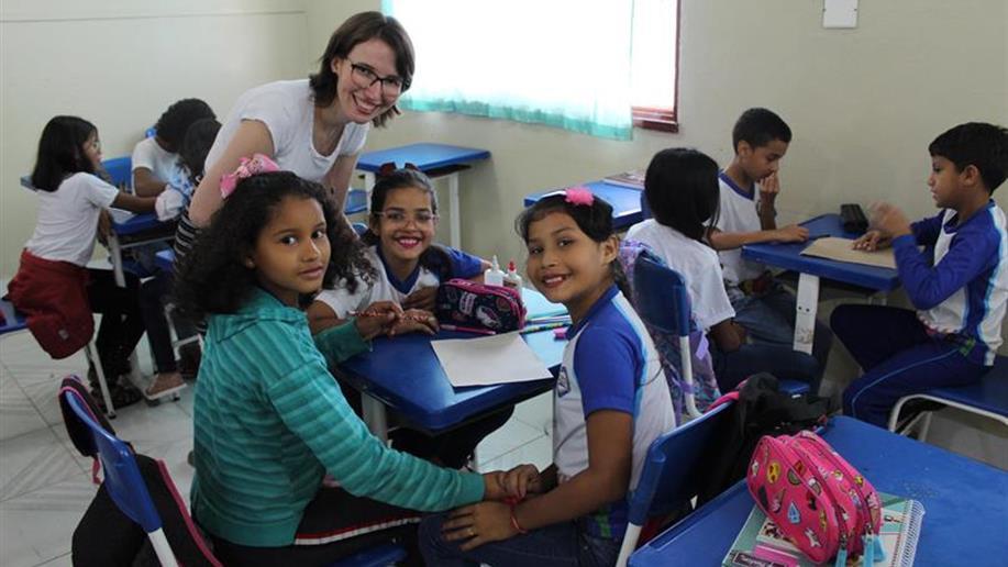 Educadora Tamine Sául realizou voluntariado no período de 1º a 15 de fevereiro