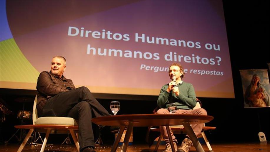 Direitos Humanos esteve em pauta do início ao fim do encontro